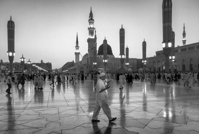 Hajj and Umrah Services from UK - Travel to Haram 6 Image