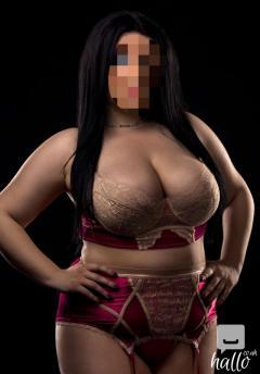 Maria hot seductive
