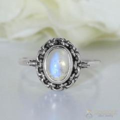 Moonstone Ring Delicate Flair-GSJ