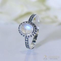 Moonstone Ring Noble Luminance-GSJ