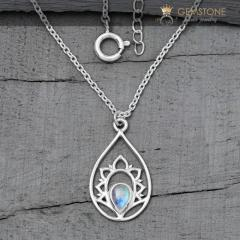 Moonstone Necklace - Splendid Cassiopeia - Gsj