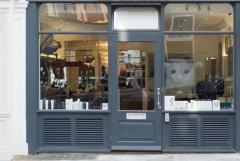 Low-cost Aluminum Shopfronts in London