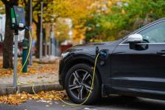 How Electric Cars Help The Environment From Poll