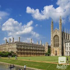 Windsor Stonehenge Tour  Private Tours in London
