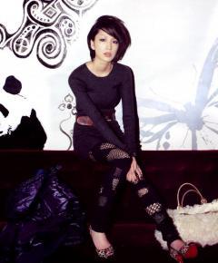 Extmly Erotic Asian Orient Transsexual Ladyboy E
