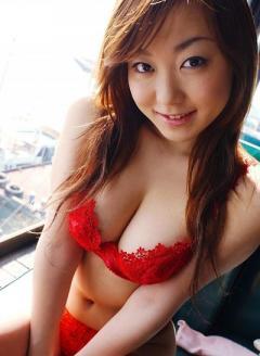 Oriental masseuse loves morning romps