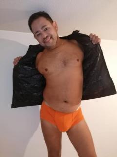 Paco New Top Gay Mature Escort Masseur Edinburgh