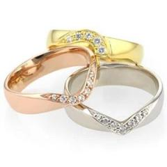 Discover Our Range Of Shaped-To-Fit Womens Weddi