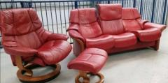 Ekornes stressless Red 3 seat recliner & 1 x chair recl