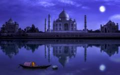 Revel in the Beauty of Taj with this Fun Agra Tour