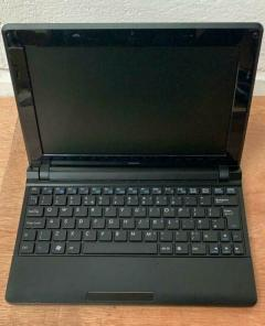 Laptop Stone M1110 10.1in Intel Atom 2GB RAM 160GB HDD
