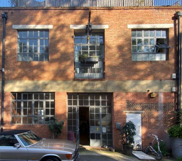 Hackney Wick Ground Floor Studio - All Bills Included 9 Image