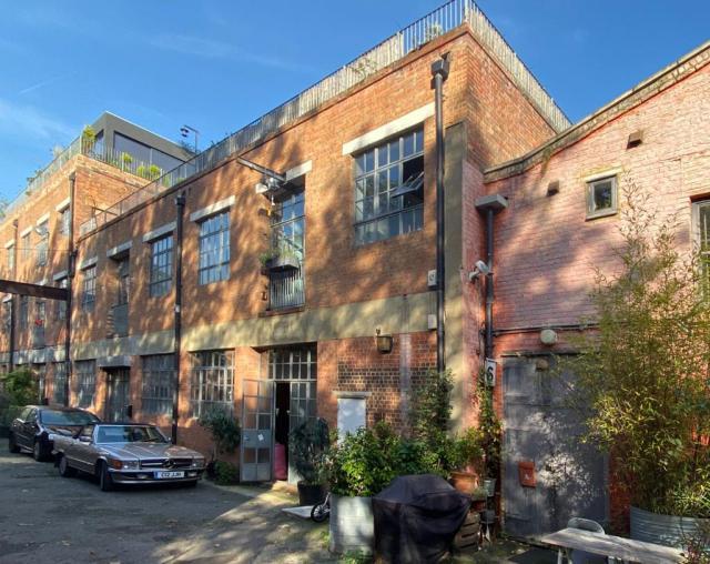 Hackney Wick Ground Floor Studio - All Bills Included 10 Image