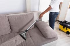 High-Quality Professional Carpet Cleaner Services at th
