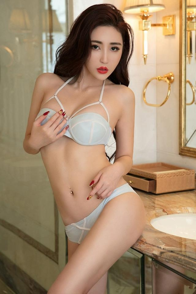Kassia fetish asian escort