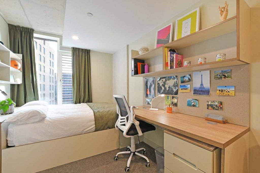 Book LIV Student Accommodation For University Candidates in Sheffield 5 Image