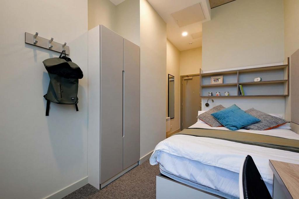 Book LIV Student Accommodation For University Candidates in Sheffield 6 Image