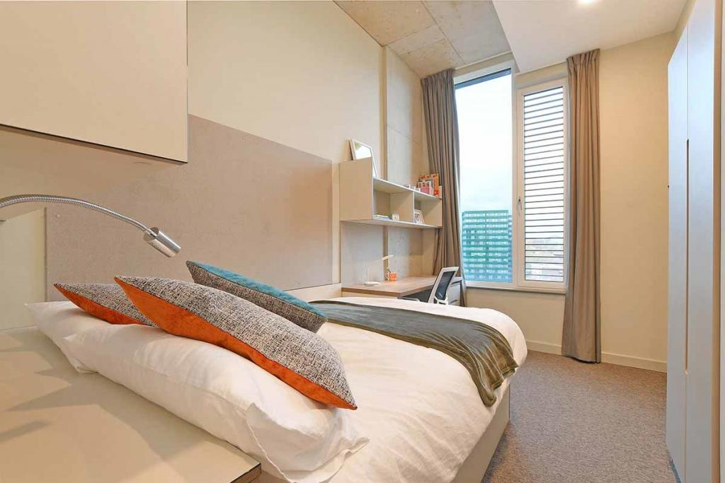 Book LIV Student Accommodation For University Candidates in Sheffield 8 Image