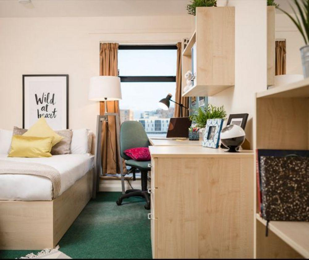 Top Quality of Student Accommodation in Newport 3 Image