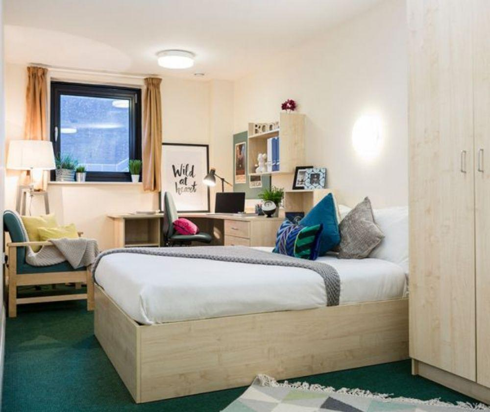 Top Quality of Student Accommodation in Newport 4 Image