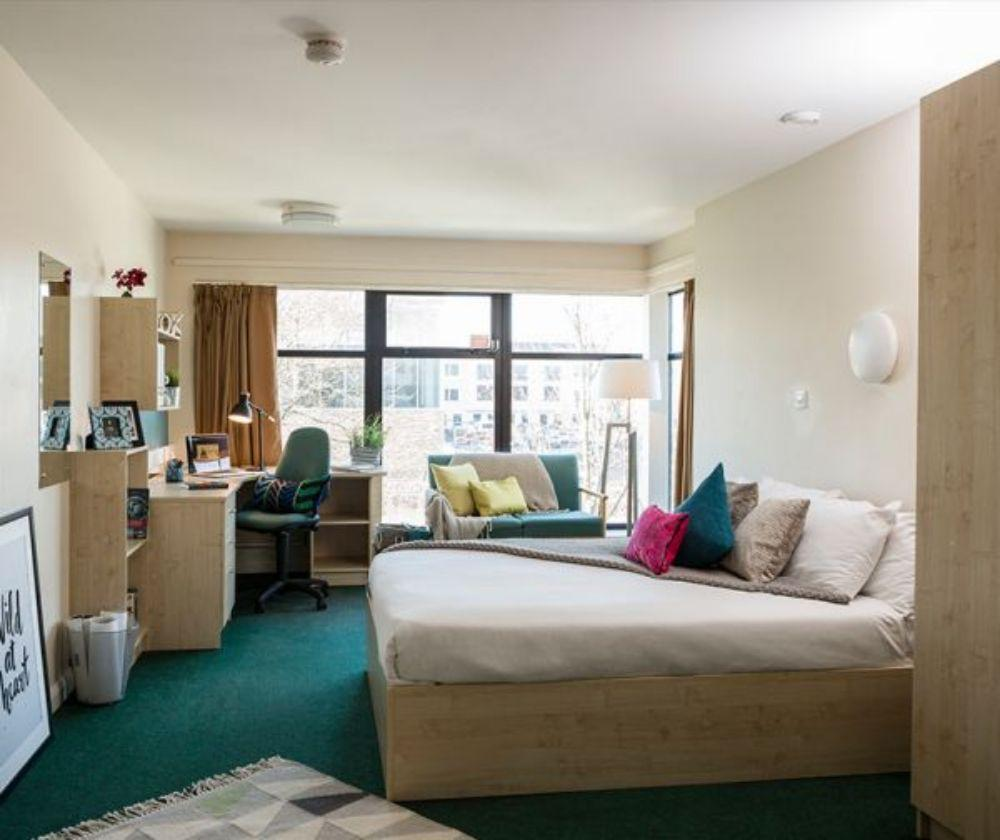 Top Quality of Student Accommodation in Newport 5 Image