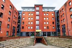 Book On Rental Central Quay Accommodation In She
