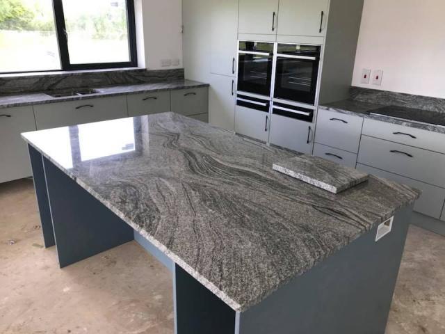 Buy Granite Worktop - Cheap Granite Worktops in UK 3 Image
