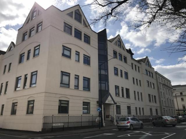 Contractors serviced apartments in Cambridge 6 Image