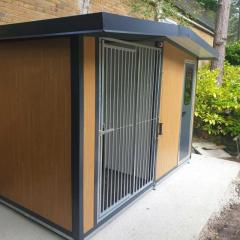 Find The Best Insulated Dog Kennels From Easyani