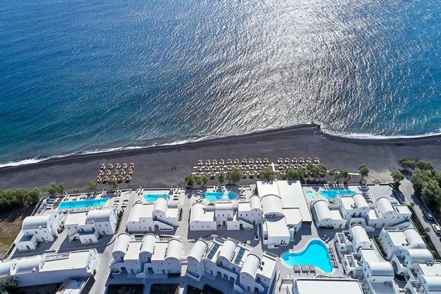 5-Star Santorini Luxury Escape wFlights & Meals 4 Image