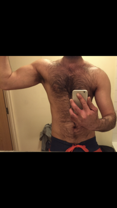 Hairy Guy Looking Couple Mf Or Ff For Good Fun