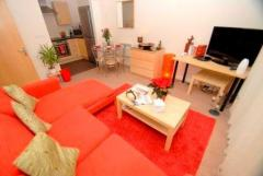 Furnished Located Within Easy Access To Mutley P