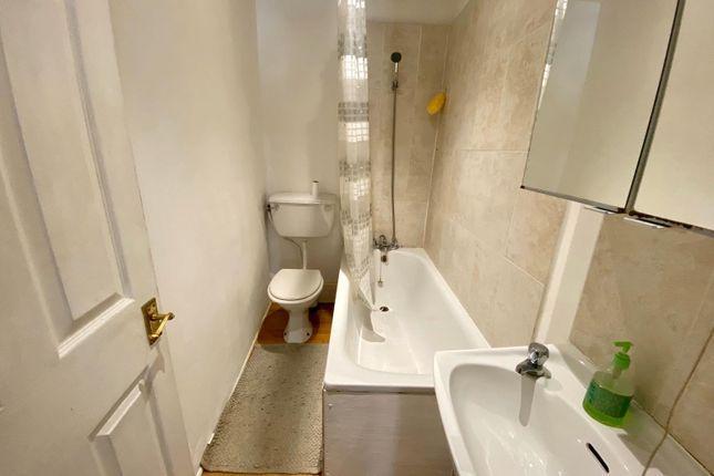 Sweetly 1 bedroom flat 5 Image