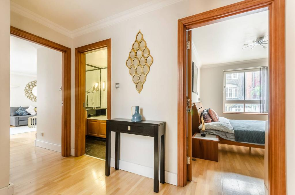Smart 1 bedroom flat 4 Image