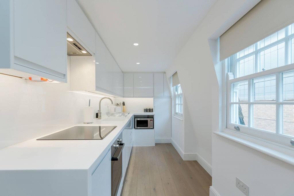 Superb 1 bedroom flat 7 Image