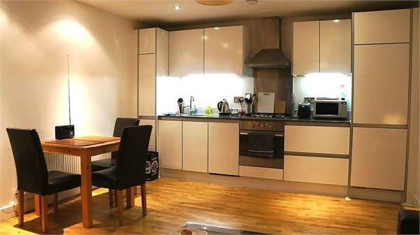 Spacious and warm one bedroom flat 3 Image