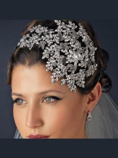 Enhance Bridal Hairstyle With Bridal Hair Access