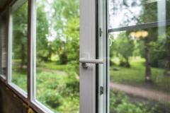 Hire Our Glazing Specialists For Emergency Glazi