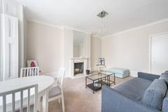 Light And Spacious One Double Bedroom First Floo
