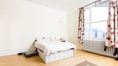 Rooms available - Bright 5-bedroom house in busy West Brompton