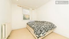 Rooms available - Large House near Busy Ladbroke Grove with Garden