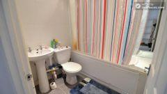 Single Bedroom (Room B) - Pleasant 4-Bedroom house in Mile End