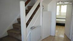 Double Bedroom (Room D) - Simple 4-bedroom apartment in quiet Bethnal Green
