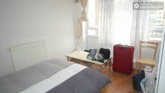 Single Bedroom (Room F) - Bright 6-bedroom apartment near busy Bow Road