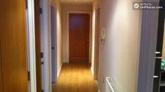 Single Bedroom (Room A) - Modern 4-Bedroom Apart