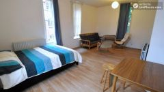 Double Bedroom (Room D) - 4-Bedroom apartment in busy Shoreditch