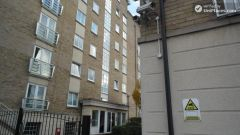 Double Bedroom (Room C) - 3-bedrooms apartment close to peaceful Millwall