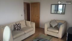 Single Bedroom (Room C) - Comfortable 3-bedroom apartment in lively Poplar