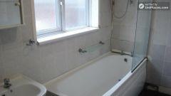 Single Bedroom (Room D) - 5-Bedroom apartment in pleasant Bethnal Green