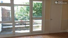 Double Bedroom (Room D) - 4-Bedroom apartment in lively Poplar